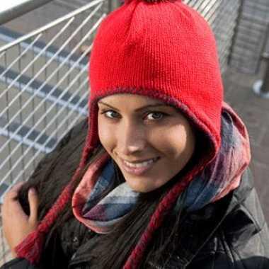 Roze Inca winter dames muts met touwtjes