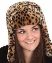 Bont dames muts met tijgerprint